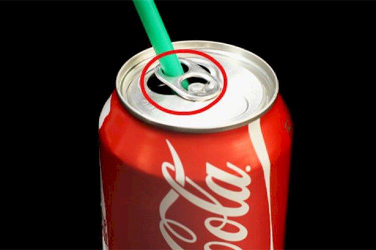 "Gerkite ""Cola"" per šiaudelį"