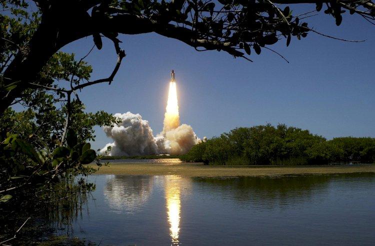 Richardas Bransonas netrukus planuoja išskristi į kosmosą